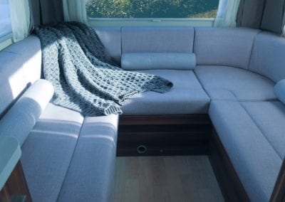 Refurbished 6 berth lounge